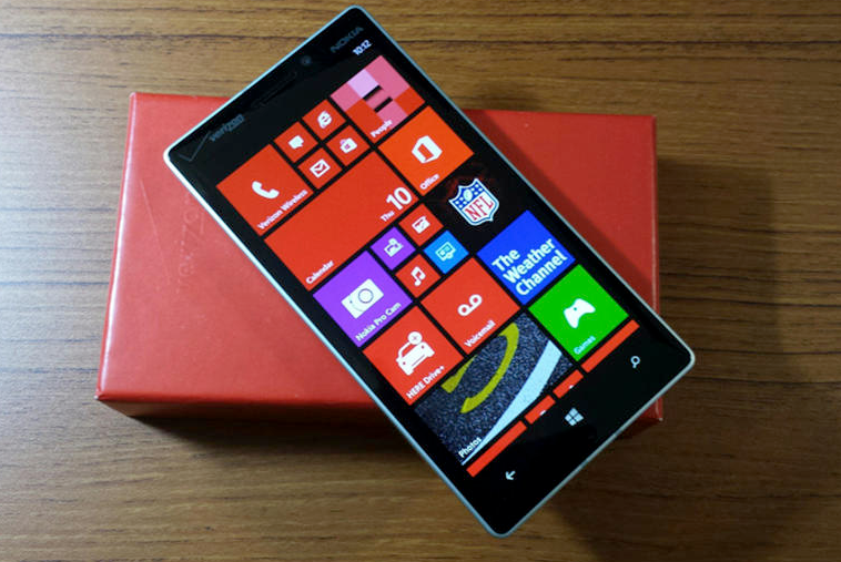 W11 Phone 4